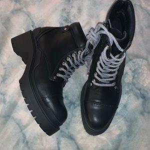 [NEW] Catherine Melondrino Hiker Boot Black US 6